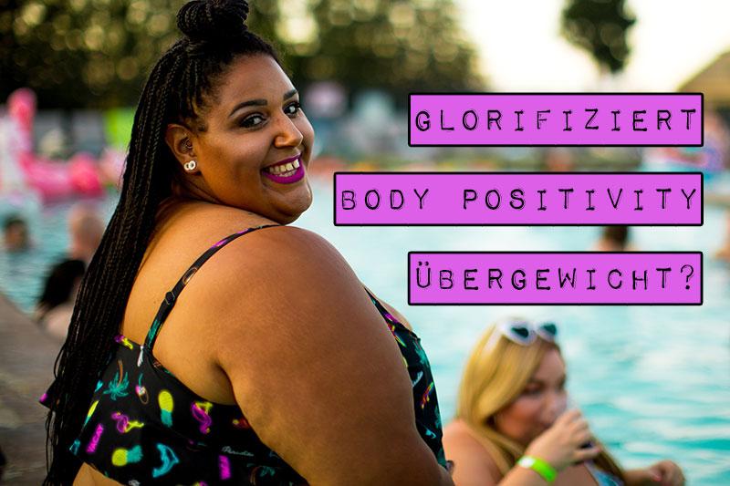 Wer dicke Körper respektiert, womöglich liebt oder sogar schön findet, verherrlicht den krankhaften Zustand des Übergewichts. So wird es Menschen, die für Body Positivity einstehen, oft vorgeworfen. Aber kann man mit einer body-positiven Einstellung überhaupt Übergewicht glorifizieren?