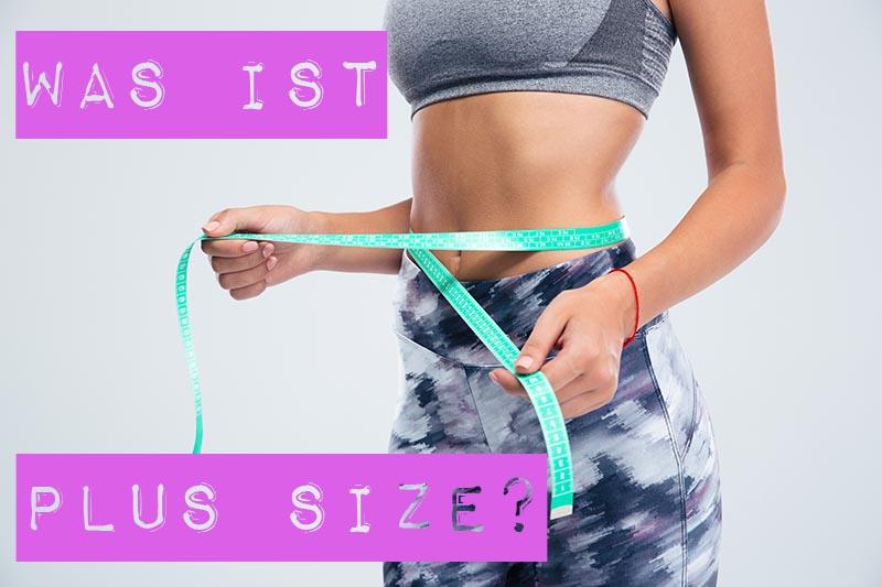 Plus Size ist nicht gleich Plus Size - und das macht es schwierig, darüber zu reden. Eine einheitliche Definition fehlt; Missverständnisse sind vorprogrammiert. Ist Plus Size dasselbe wie Übergröße, Übergewicht, Adipositas oder Body Positivity? Wo fängt Plus Size an und wo hört sie wieder auf?
