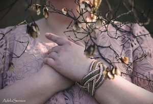 Details | Plus Size Fashion Fantasy | Body Positivity Foto: Adelas Peculiar Art