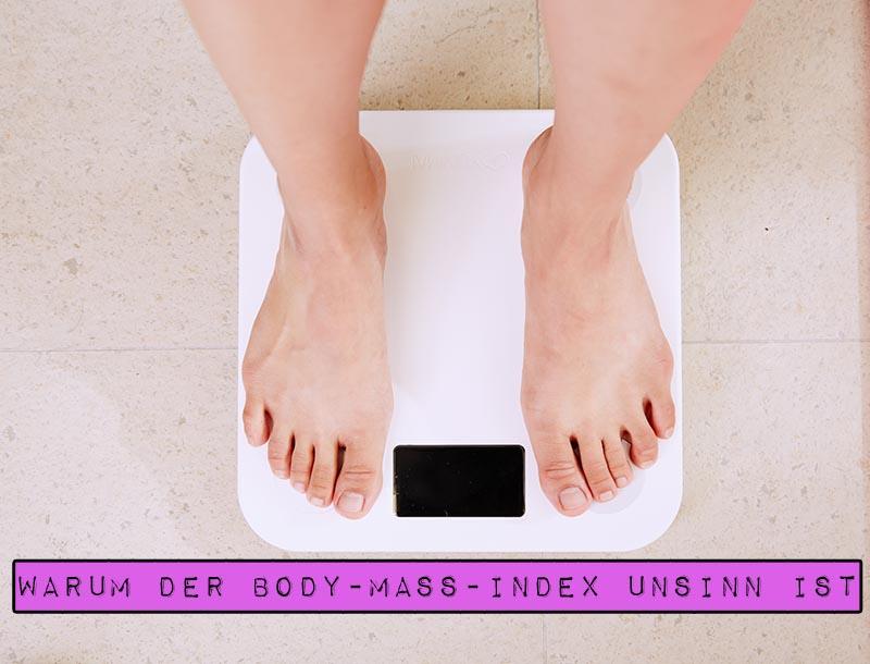 Der Body-Mass-Index - kurz: BMI - ist eine weitverbreitete Formel zur Bestimmung von Über- und Untergewicht und damit angeblich einhergehenden Gesundheitsrisiken. Doch er steht bereits seit seiner Erfindung in der Kritik. Ist der BMI überhaupt geeignet, einen Menschen zu kategorisieren und Aussagen über seinen Gesundheitszustand zu treffen? Marshmallow Mädchen hat recherchiert und zeigt dir auf, warum der Body-Mass-Index Unsinn ist.